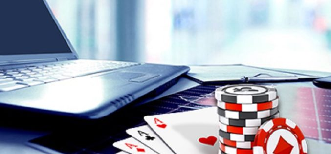 Win a combination of games in the online casinos with gamble button